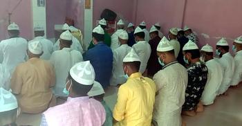 পটুয়াখালীর কলাপাড়ার বেশ কয়েক জায়গায় আজ ঈদ