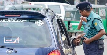 সড়কে নামছে বাস : ট্রাফিক ম্যানেজমেন্ট ঢেলে সাজাবে পুলিশ
