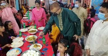 পুলিশ সুপারের ঈদের দিন কাটল এতিম শিশুদের সঙ্গে