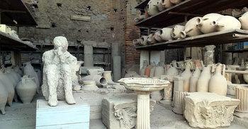 প্রাচীন মৃত নগরী পম্পেইতে যা দেখবেন