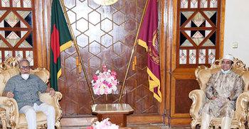 রাষ্ট্রপতির সঙ্গে মন্ত্রিপরিষদ সচিব ও তিন বাহিনী প্রধানের সাক্ষাৎ