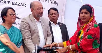 দিল্লিতে সহিংসতার মাঝেও রোহিঙ্গাদের জন্য ত্রাণ পাঠাল ভারত