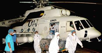 করোনা রোগীর সহায়তায় বিমানবাহিনীর জরুরি পরিবহন সেবা