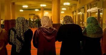 মসজিদে নারীদের নামাজের ব্যবস্থা চেয়ে হাইকোর্টে রিট