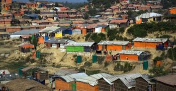 আধিপত্য নিয়ে রোহিঙ্গা ক্যাম্পে দু'গ্রুপের ফের গোলাগুলি, যুবক নিহত
