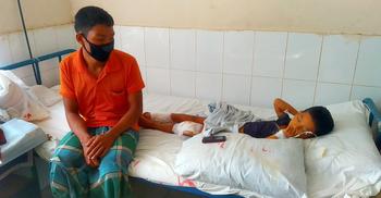 বান্দরবানে সন্ত্রাসীদের গুলিতে নারী নিহত, ছেলে হাসপাতালে