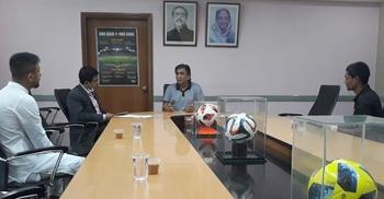 শনিবার কাজী সালাউদ্দিনের সঙ্গে বসছেন সিনিয়র ফুটবলাররা