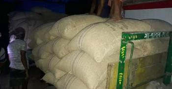 ব্যবসায়ীর গুদাম থেকে ৫০ টন সরকারি গম উদ্ধার, আটক ৩