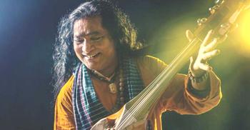 হায়দার সিনেমায় গাইলেন শফি মণ্ডল