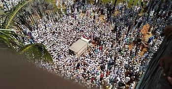 লাখো মুসল্লির সমাগমে আল্লামা শফীর জানাজা সম্পন্ন
