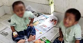 সন্তানদের এসপি কার্যালয়ের সামনে রেখে পুলিশের স্ত্রীর প্রতিবাদ