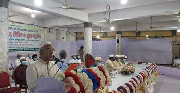 সুপ্রিম কোর্ট মাজারে সব ধর্মের মানুষ আসেন: প্রধান বিচারপতি