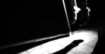 স্ত্রীর সঙ্গে অভিমান করে পোশাক শ্রমিকের আত্মহত্যা