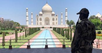 করোনায় বন্ধ তাজমহলসহ ভারতের হাজারো দর্শনীয় স্থান