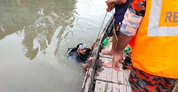 টাঙ্গাইলে পিকনিকের নৌকা থেকে নদীতে পড়ে যুবক নিখোঁজ