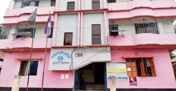 মুলাদীতে কলেজ শিক্ষকের ওপর মাদকসেবীদের হামলা