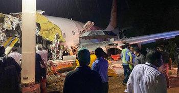 কেরালায় বিমান দুর্ঘটনায় ২ পাইলটসহ নিহত ১১, আহত অর্ধশতাধিক