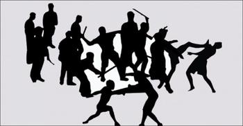 কুকুরের পা ভাঙাকে কেন্দ্র করে দু'পক্ষের সংঘর্ষে আহত ৫০