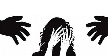 বাসায় কাজের কথা বলে তরুণীকে যৌনতায় বাধ্য করায় দম্পতি গ্রেফতার