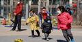 ভ্রমণ বিধিনিষেধ প্রত্যাহার করছে চীন, স্বাভাবিক হচ্ছে জনজীবন