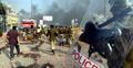 দিল্লির দাঙ্গা: হামলাকারীদের ইট-পাটকেল তুলে দেয় পুলিশ