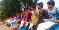 আবরার হত্যার প্রতিবাদে রাস্তায় জাবি শিক্ষক-শিক্ষার্থীরা
